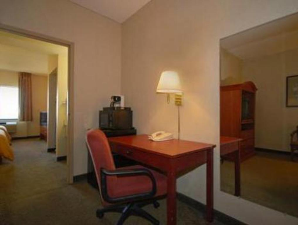 Double Suite Comfort Suites O'Hare Airport