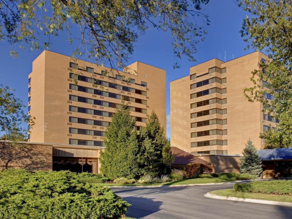 Vedere exterior Hilton Northbrook Hotel