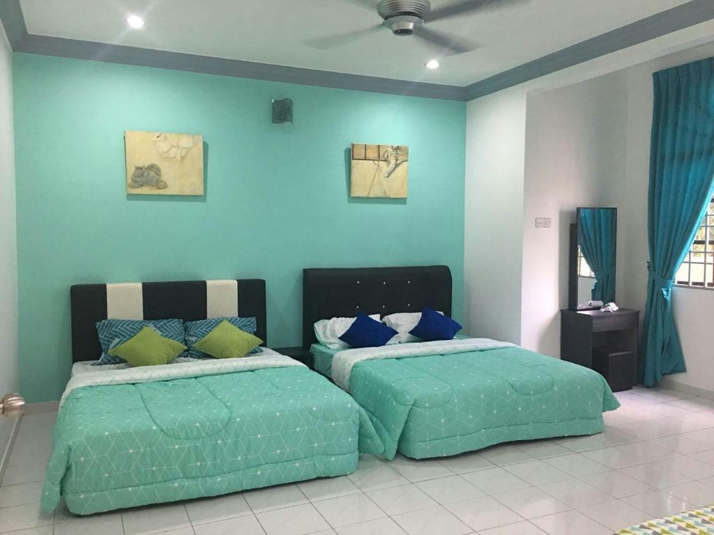 Rumah 1540 M² Dengan 2 Bilik Tidur Dan Mandi Peribadi Di Kampung Jawa