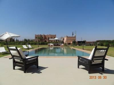 Villa con Letto Matrimoniale King Size (Villa King Bed)