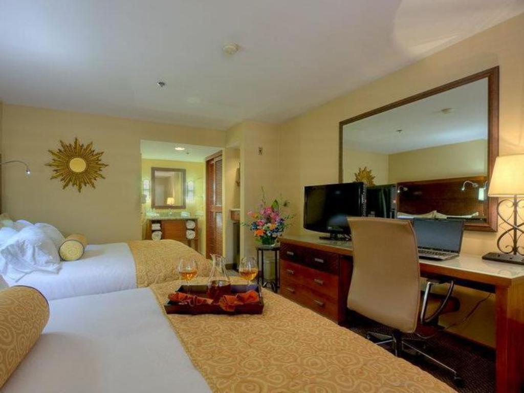 Pemandangan dalam Best Western PLUS Otay Valley Hotel