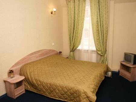 Economy Double Room with Shared Bathroom Hostel Alluria on Vosstaniya