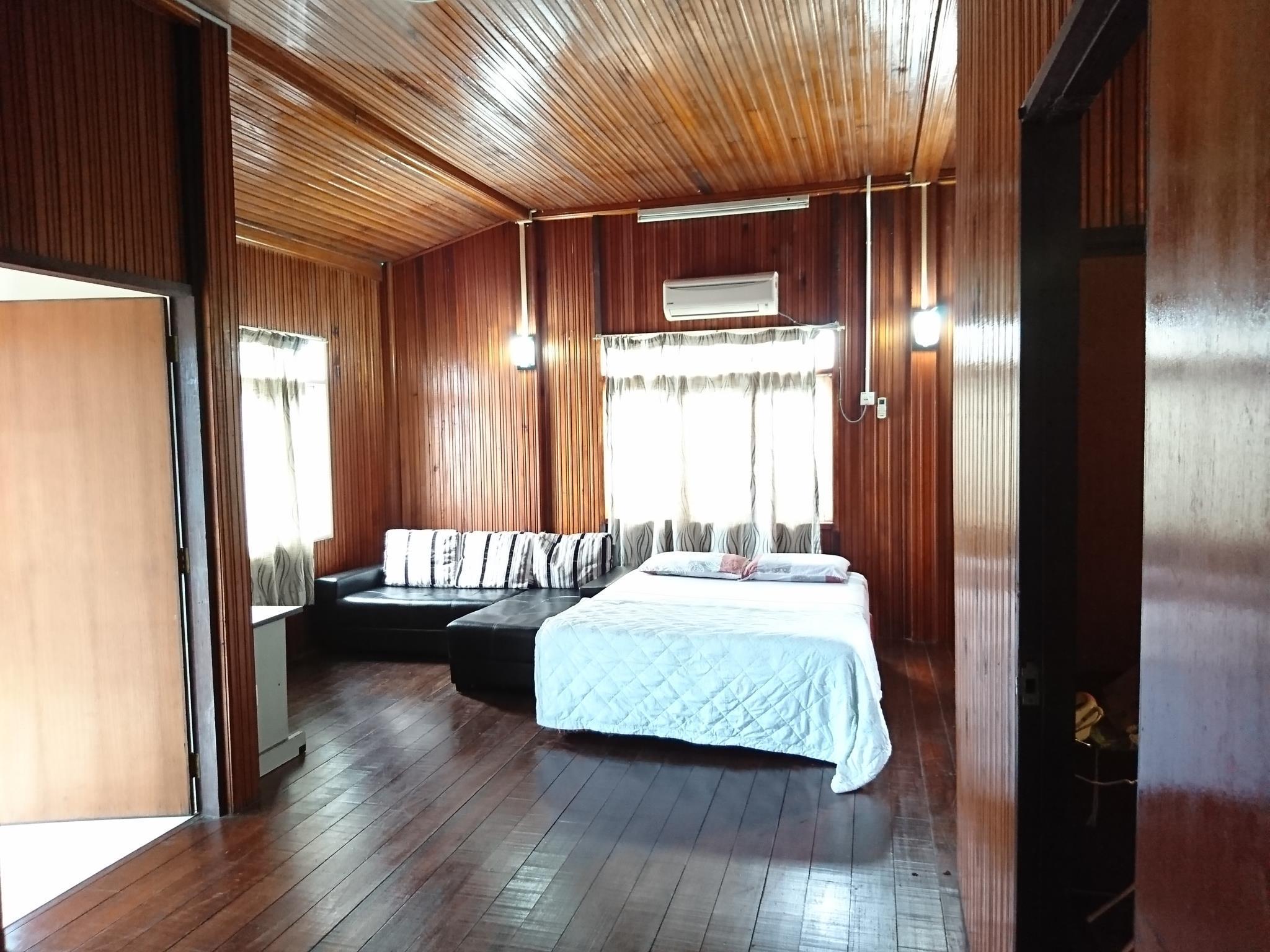 Banglo Tiga Bilik Tidur Three Bedroom Bungalow