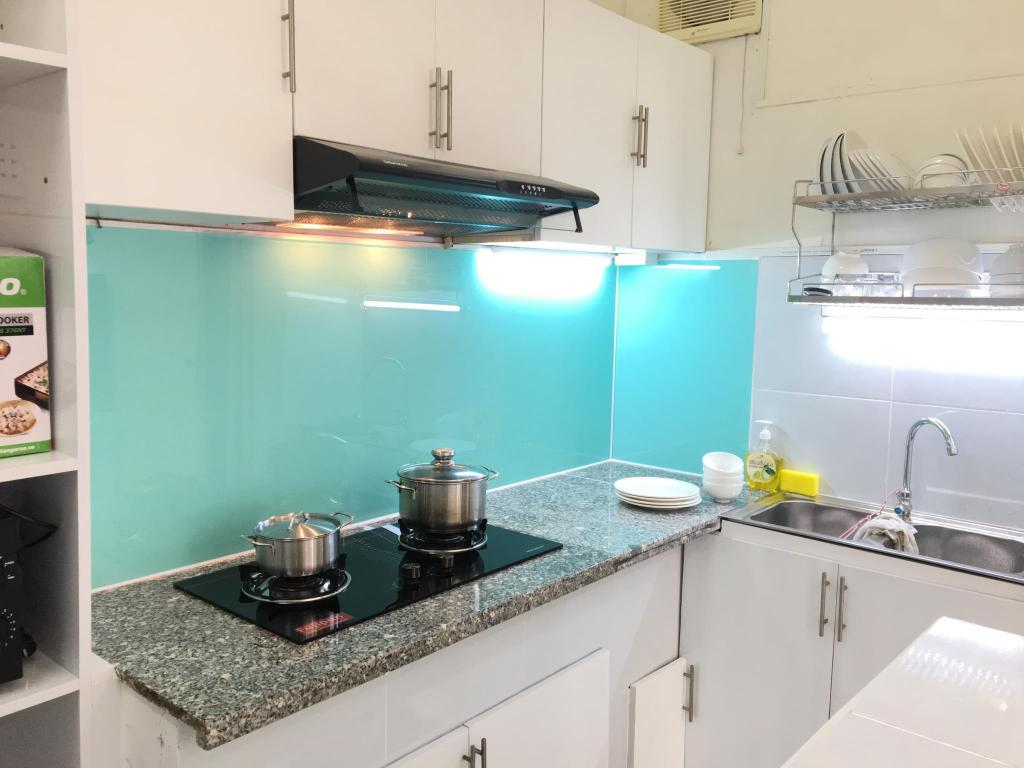 Best Price on 2br apt, D1, near Lunch Lady,fair price, nice host in ...