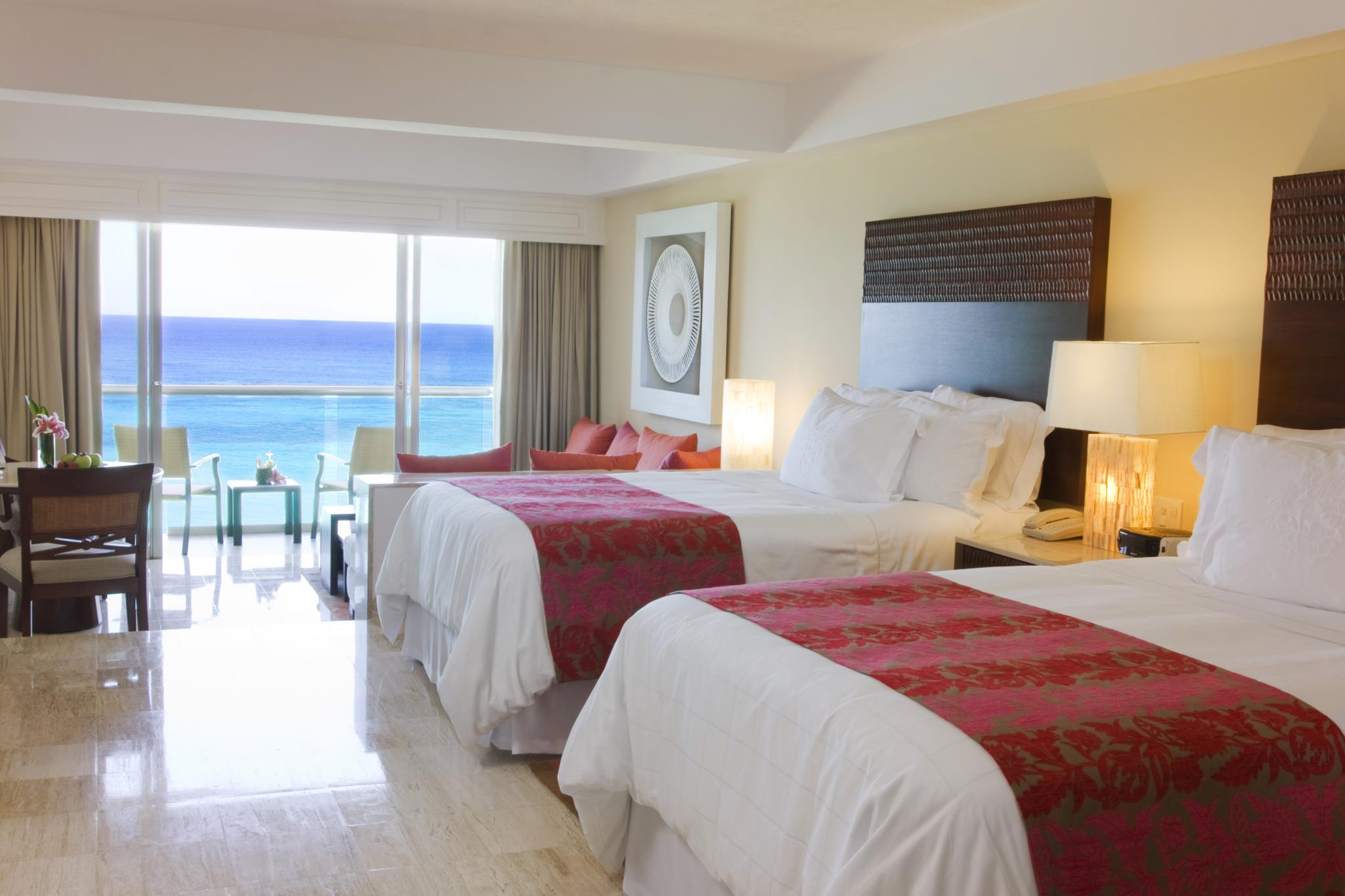 Junior Suite King Ocean Front