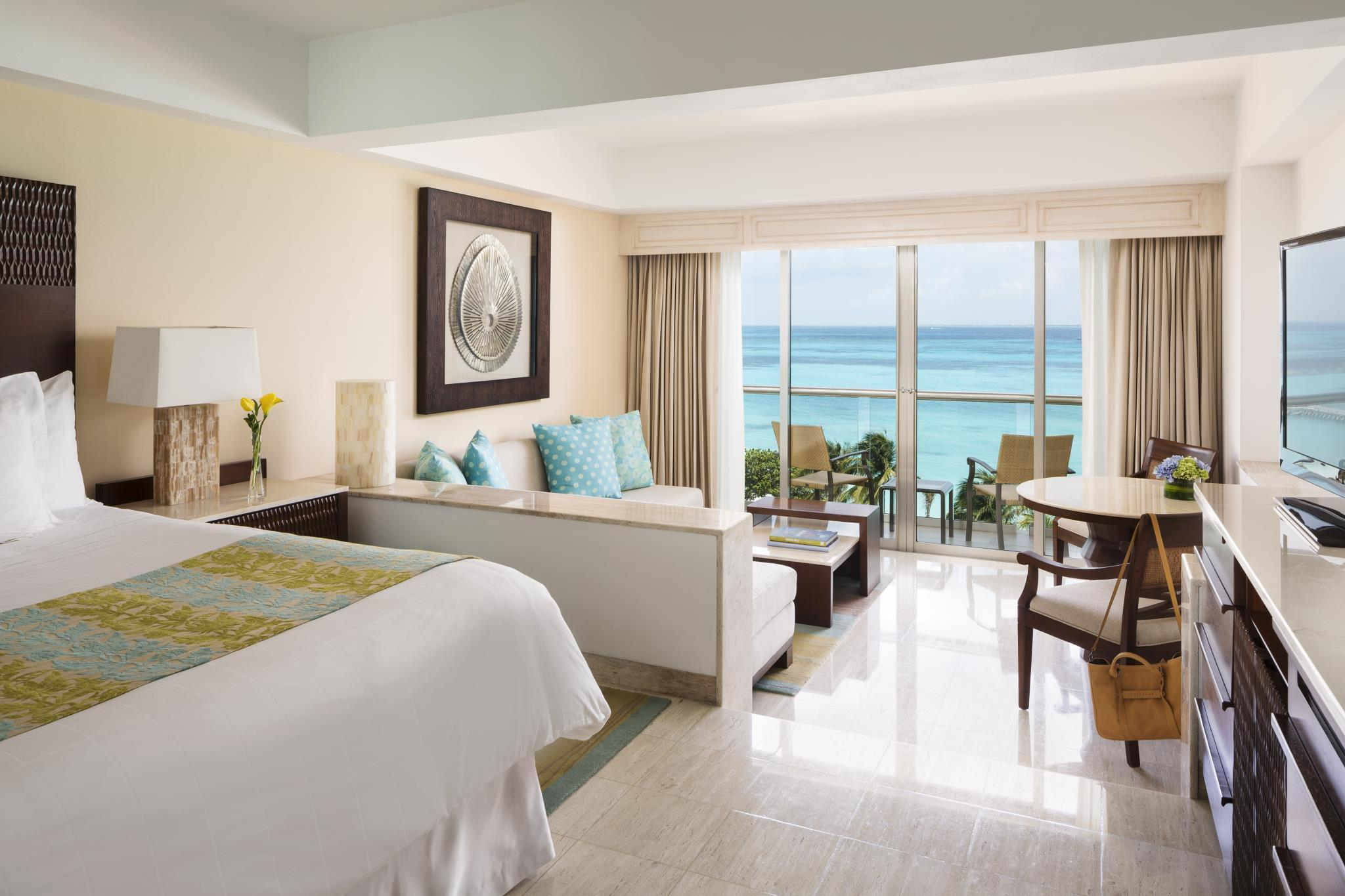 Junior Suite King Ocean View