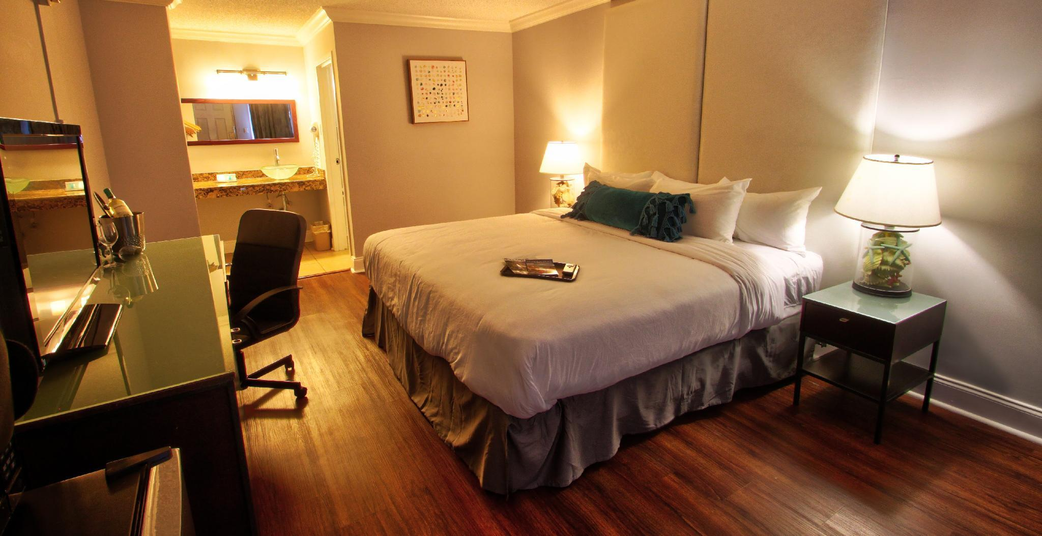 Fort Lauderdale Grand Hotel In Fort Lauderdale Fl Room Deals Photos Reviews