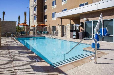 Swimming pool [outdoor] TownePlace Suites Phoenix Chandler/Fashion Center