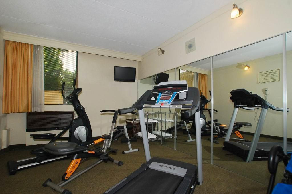 Fitness center Best Western Plus Sterling Hotel and Suites