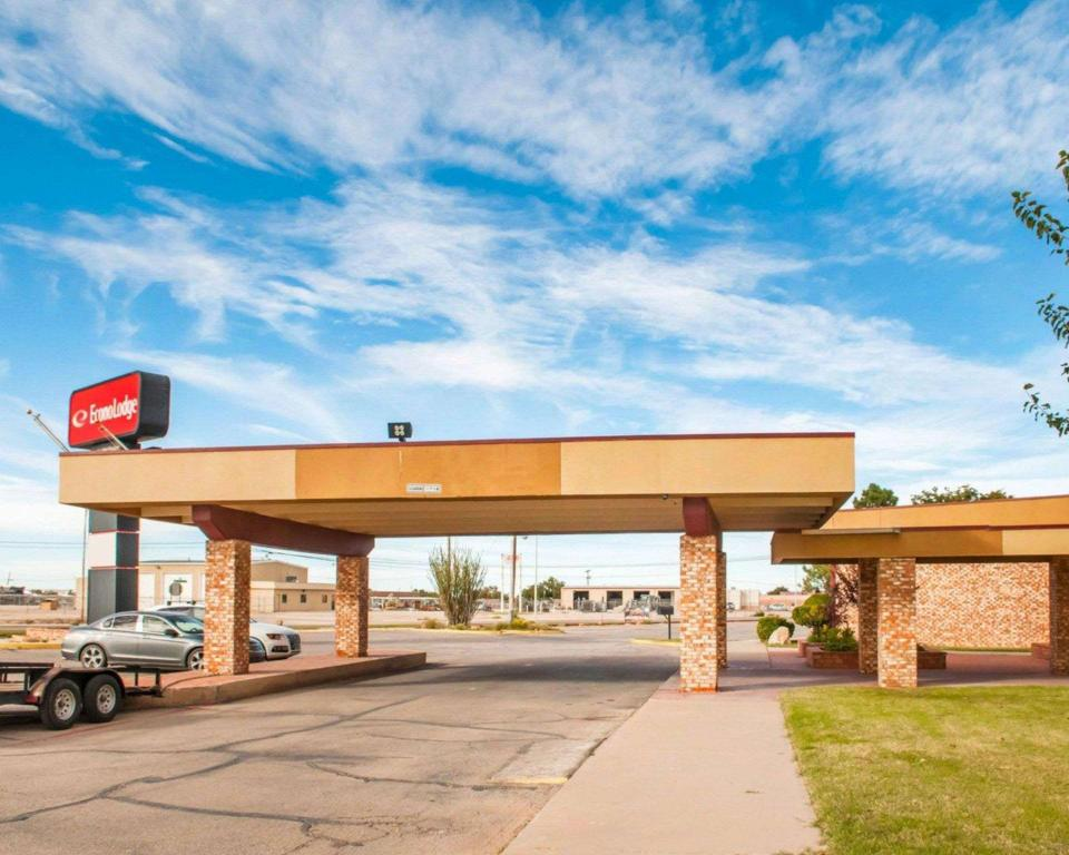 best price on econo lodge in carlsbad nm reviews. Black Bedroom Furniture Sets. Home Design Ideas