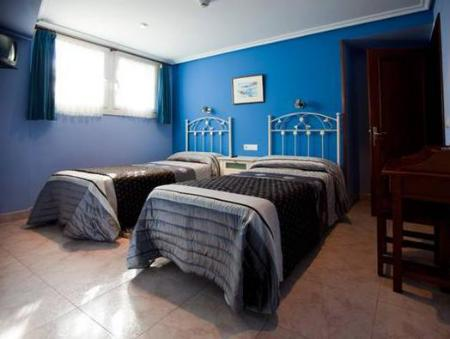 Double or Twin Room Pension Zumardi