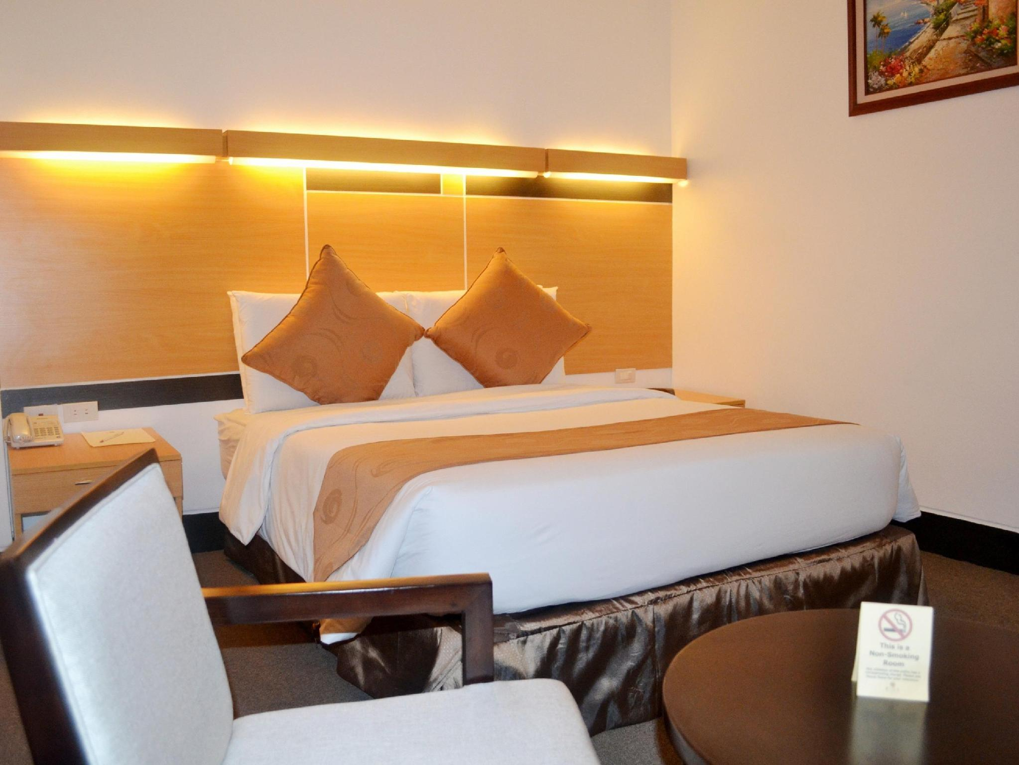 Big 8 corporate hotel in tagum room deals photos reviews for 8 design hotel