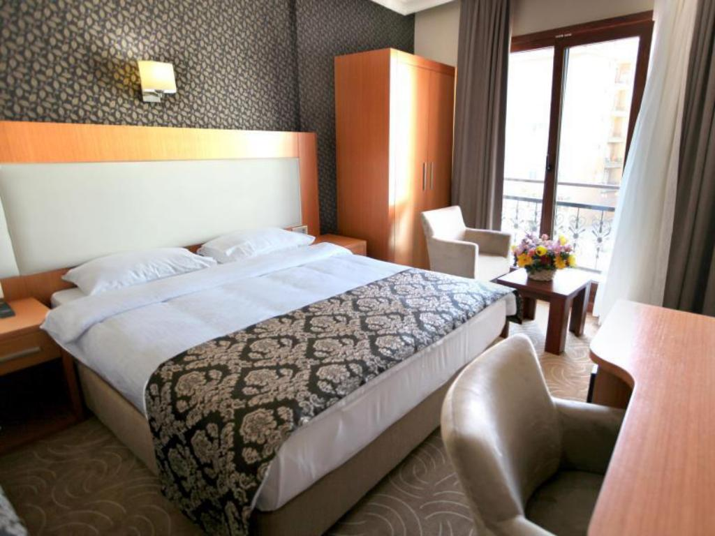 Deluxe Single Or Double Room Grand Hotel Avcilar