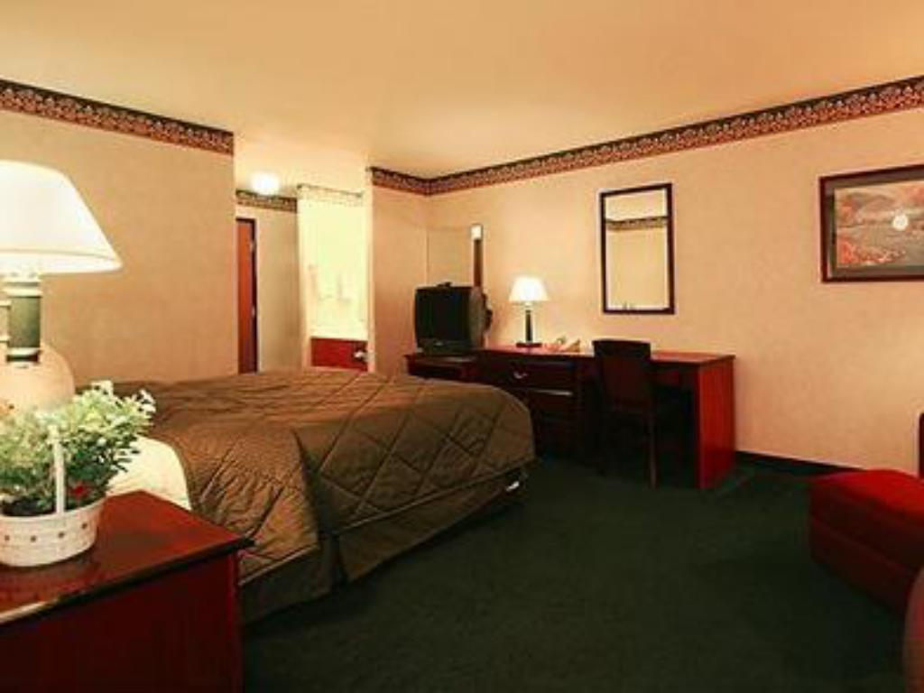 2 Queen Beds No Smoking - Viesistaba Quality Inn