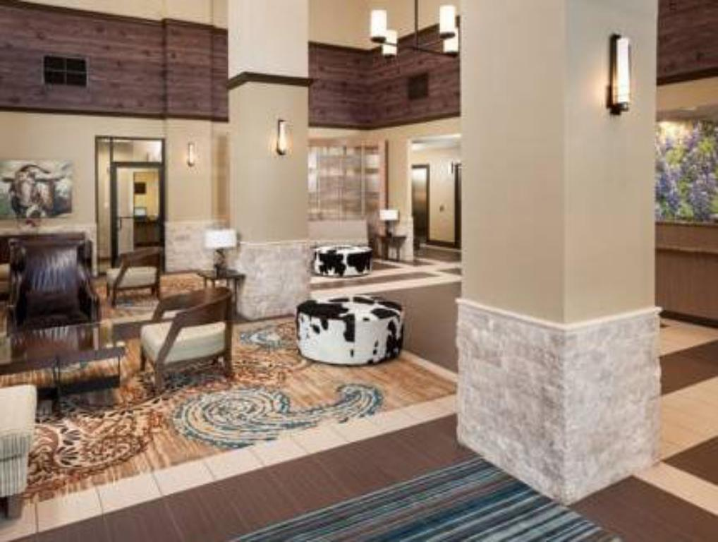 Lobby SpringHill Suites Dallas Downtown/West End