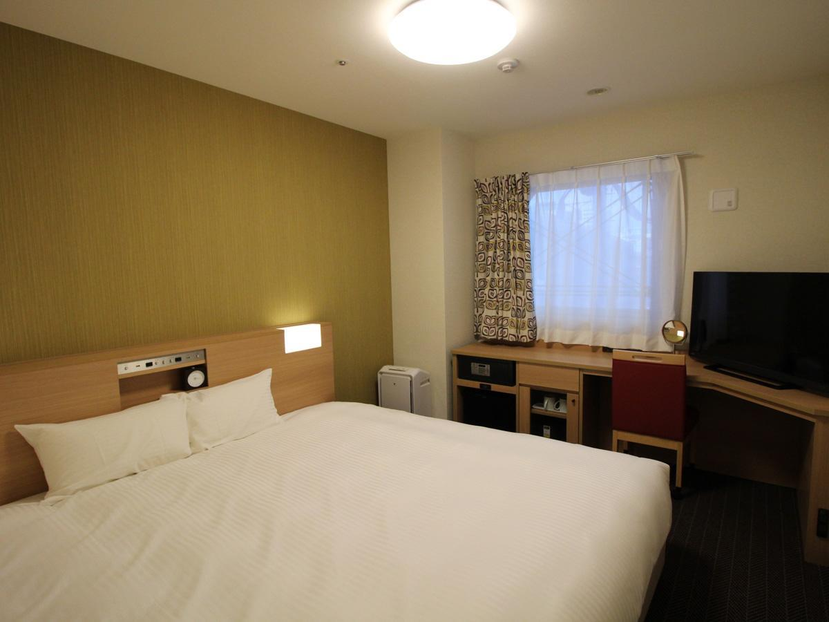 Double Room with King Bed - Non-Smoking