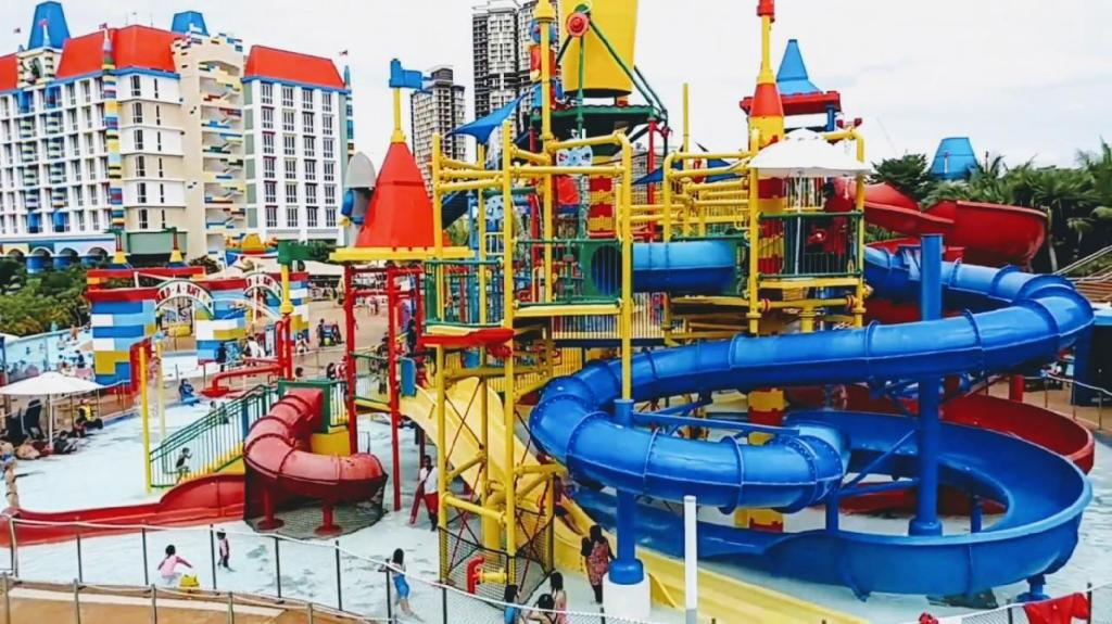Surrounding environment Private Swimming pool Villa to Legoland and Aeon