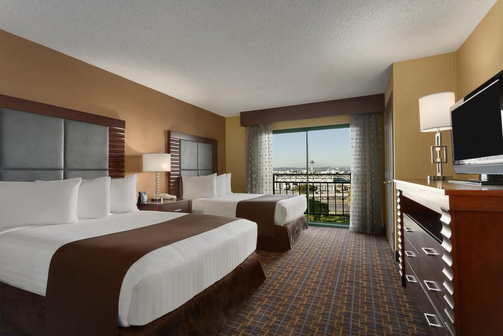 embassy suites los angeles international airport south