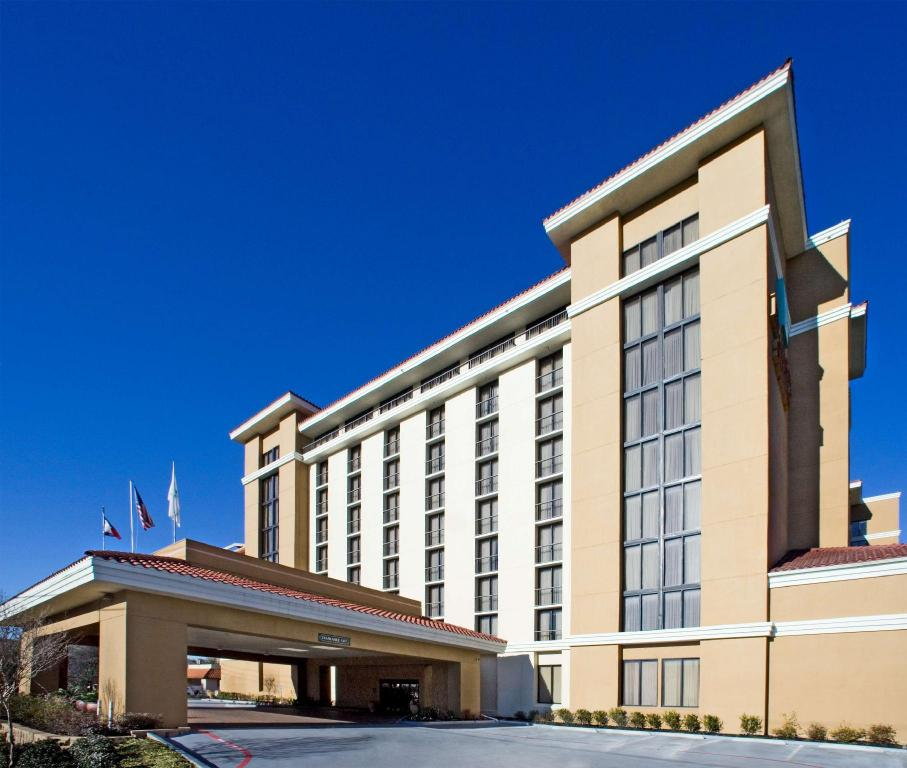 Embassy Suites Dallas Park Central Area