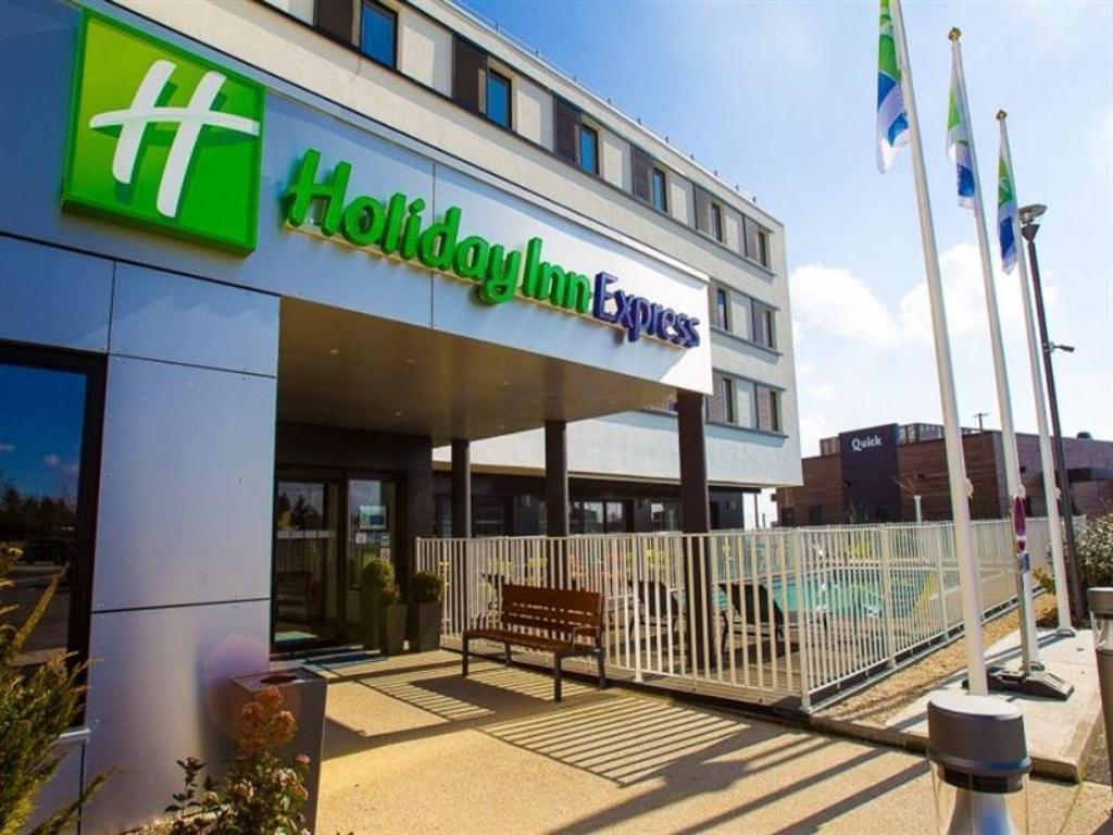 More about Holiday Inn Express Dijon