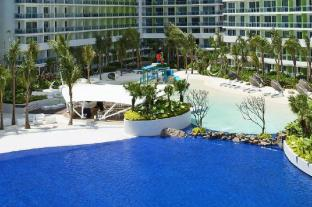 AZURE URBAN RESORT  RESIDENCE  WAVEPOOL  AIRPORT