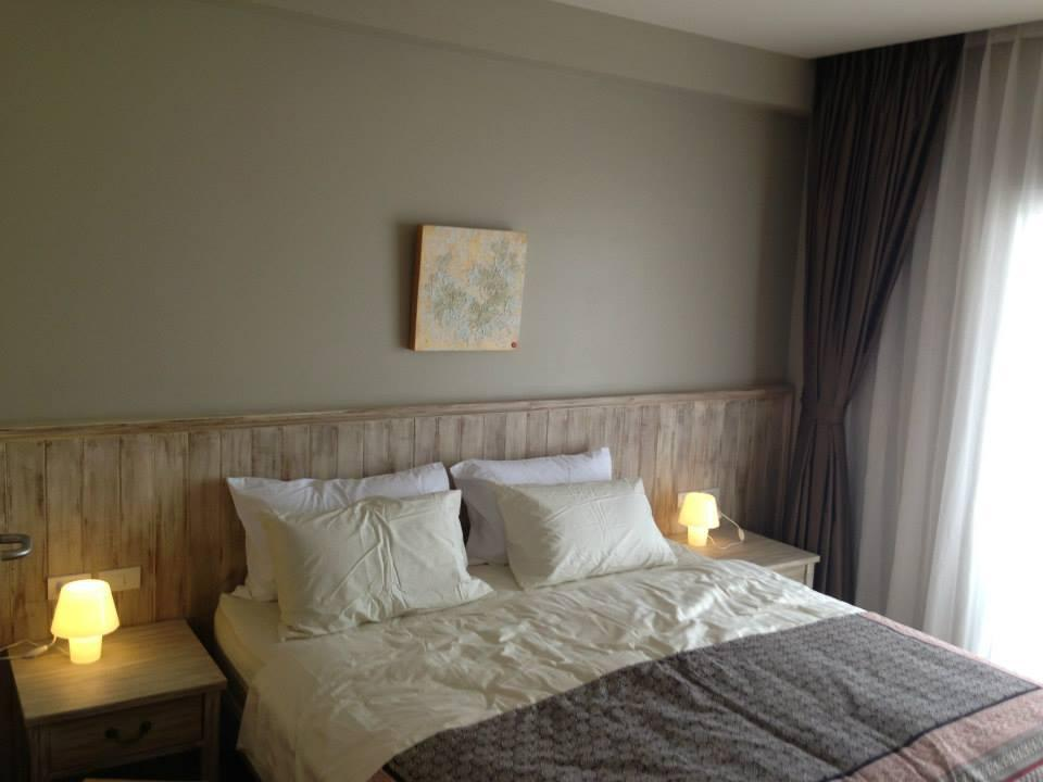 Deluxe Zimmer mit Kingsize-Bett und Balkon (Deluxe King Bed with Balcony)