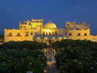 Le Meridien Jaipur Resort & Spa