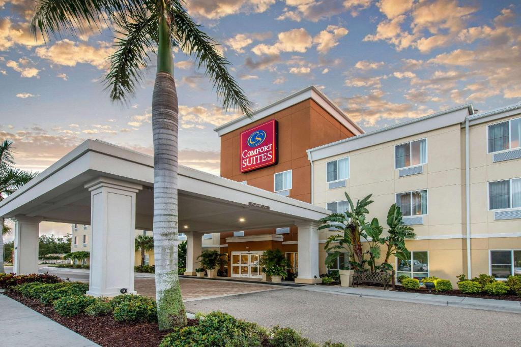 More about Comfort Suites Sarasota