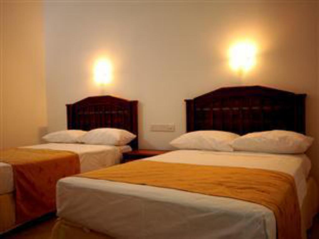 Standard Room - Interior view Katharagama Safari Hotel