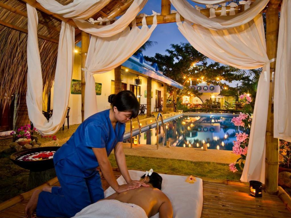 Floral villarosa hotel palawan from 35 save on agoda - Hotel in puerto princesa with swimming pool ...