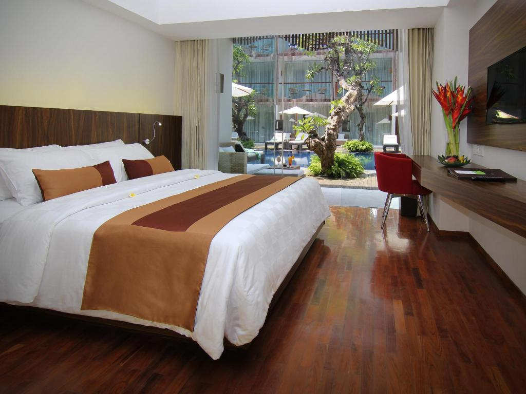 Pool Access Double Room - Bed The Bene Hotel - By Astadala