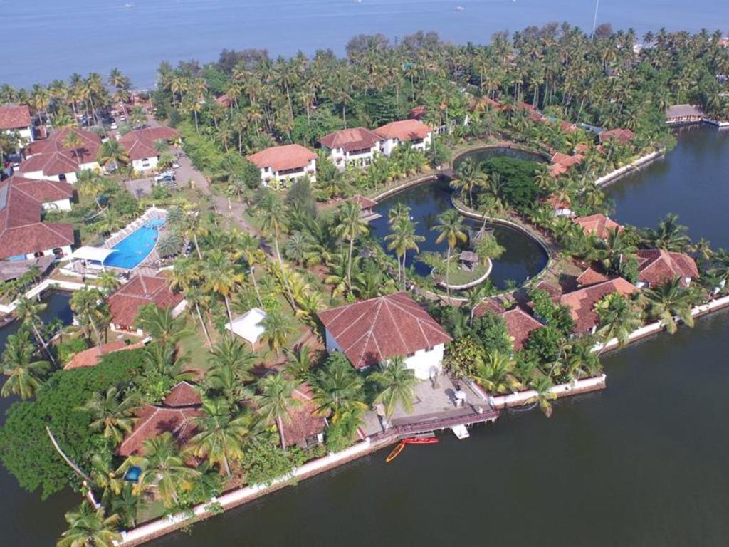 Cherai Beach Hotel Rooms