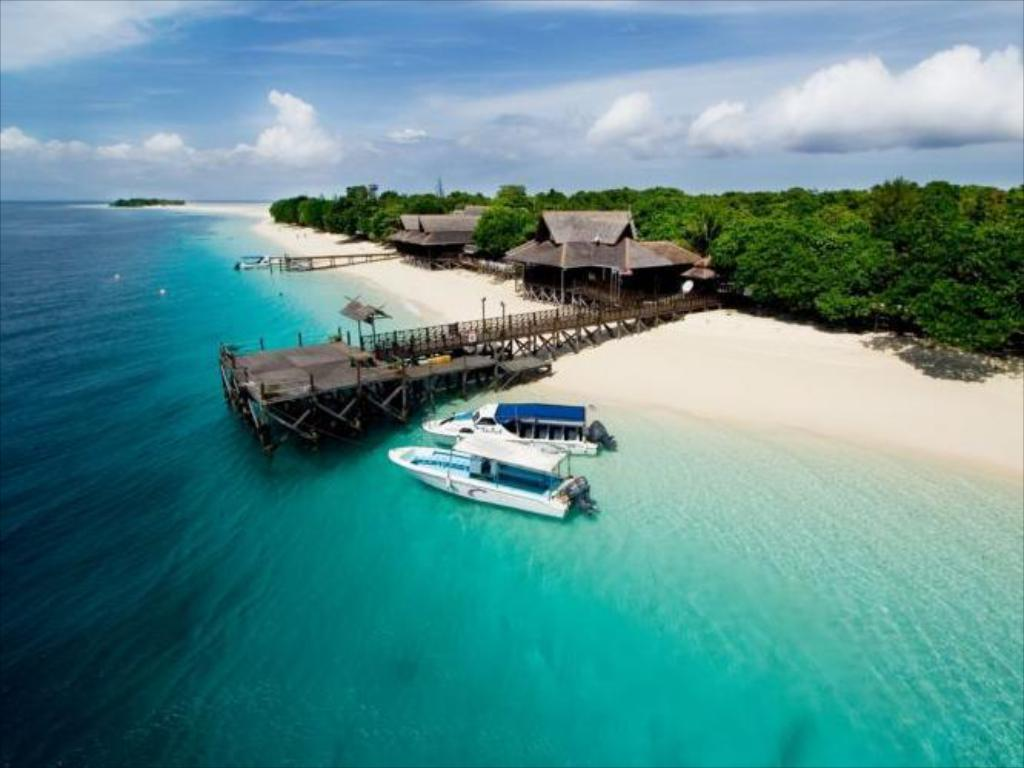 The Reef Dive Resort