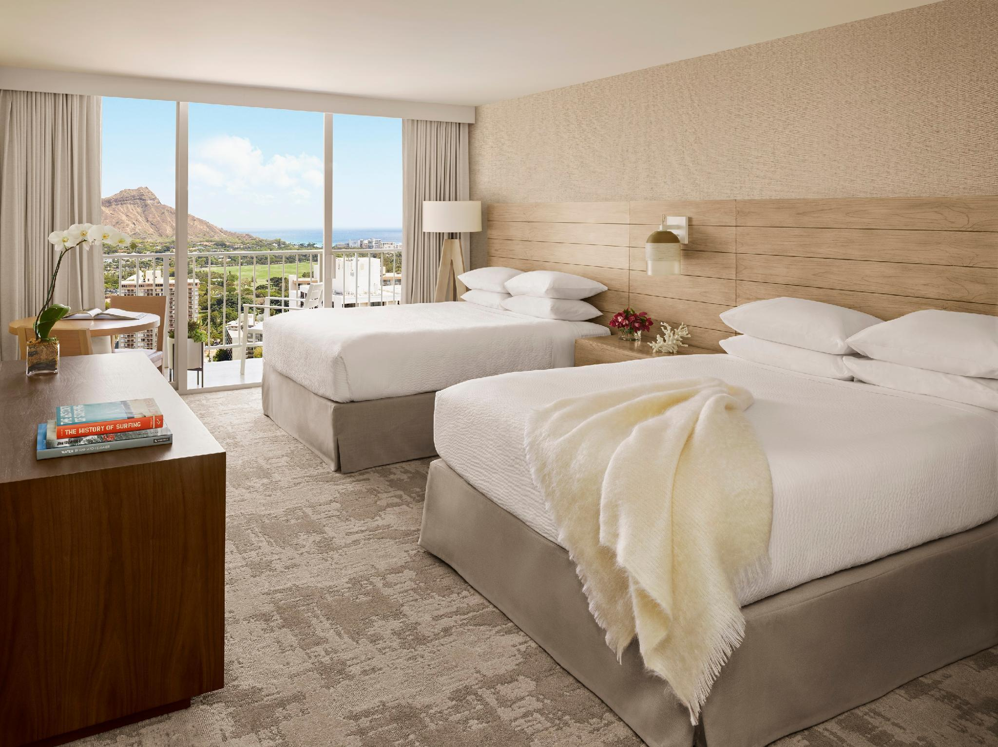 Diamond Head View Room with 2 Queen Beds - Club Lounge Access Included