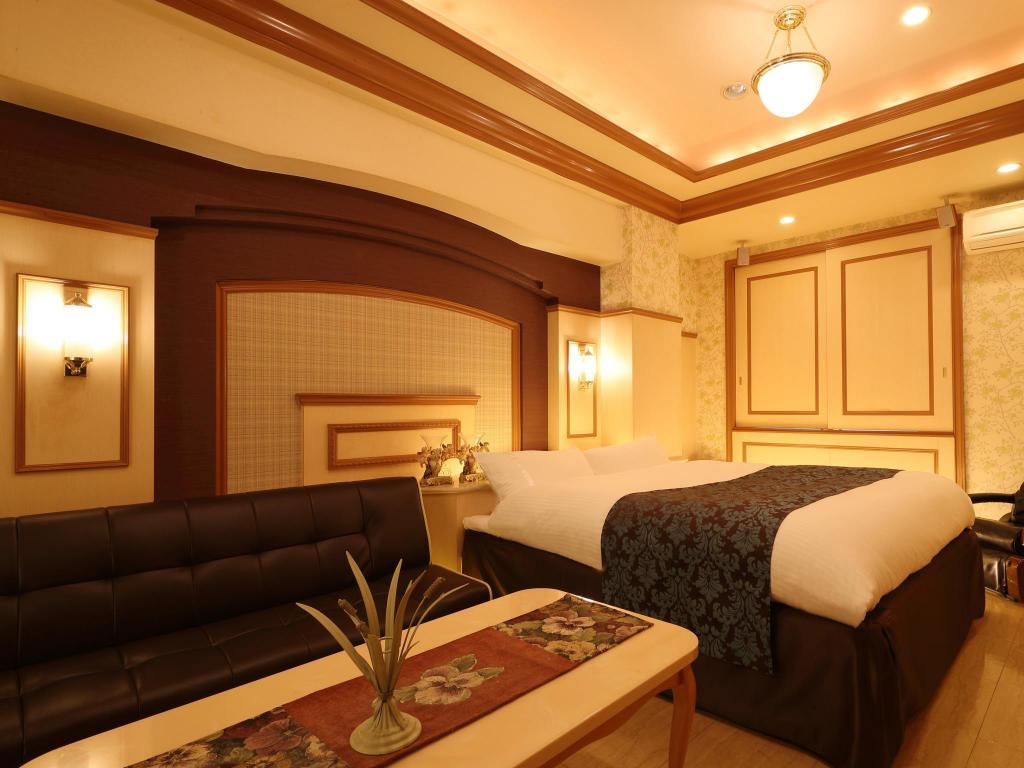 Double Room with Jacuzzi Hotel Fine Garden Horai Free Parking - Adult Only