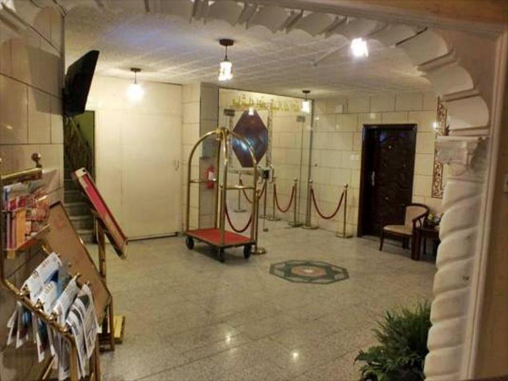 Foyer Al Qaswaa Hotel Apartment 2