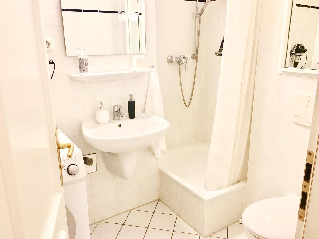 Salle De Bain Allemagne studio de 34 m² en appartement avec 1 salle(s) de bains