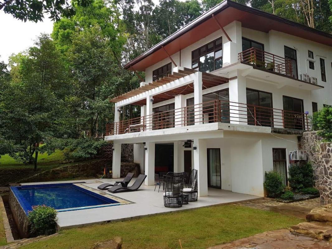 Villa Elisha A Forest Hideaway San Juan Antipolo Room