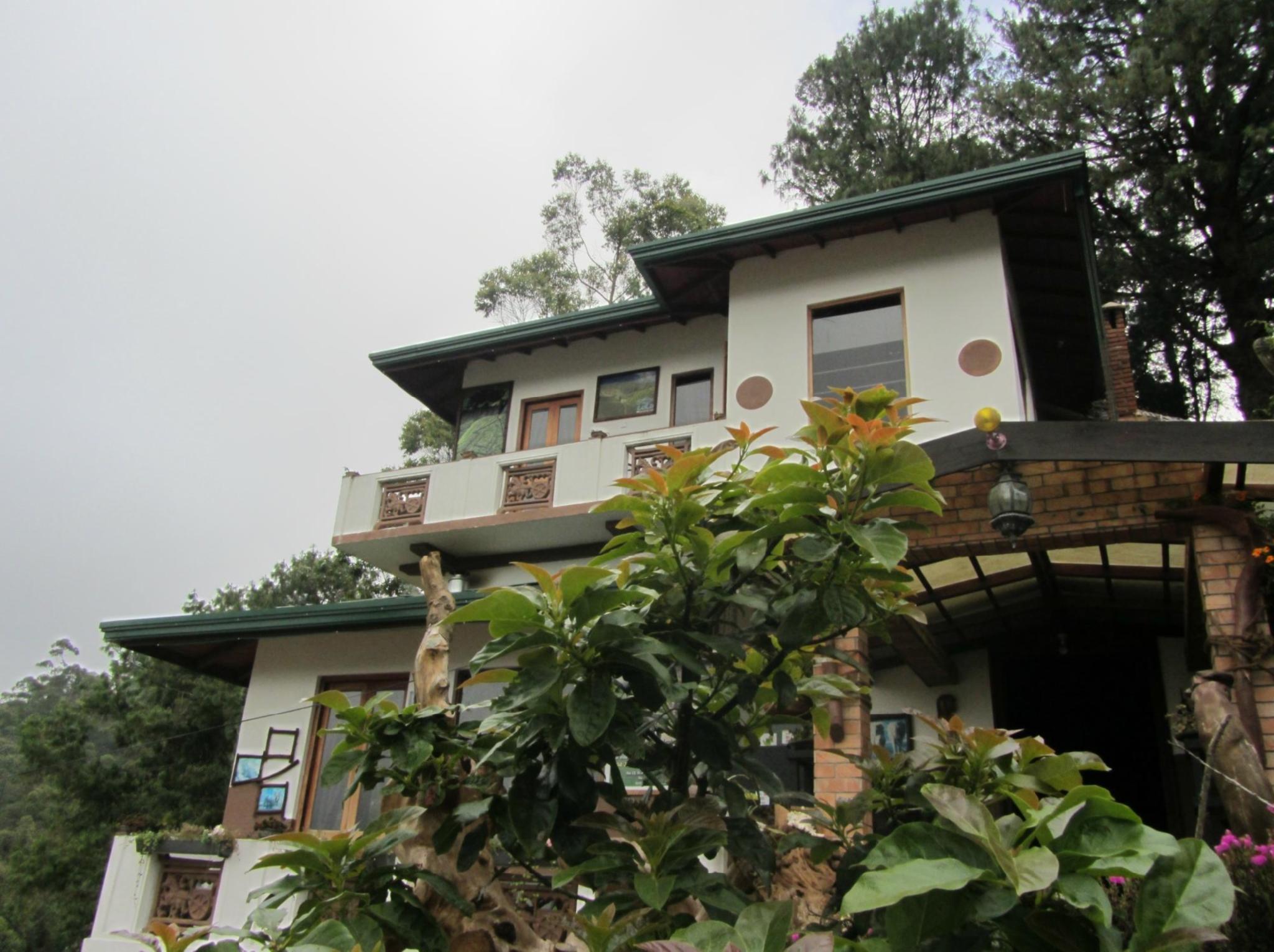 Misty Mountain Villas in Nuwara Eliya - Room Deals, Photos