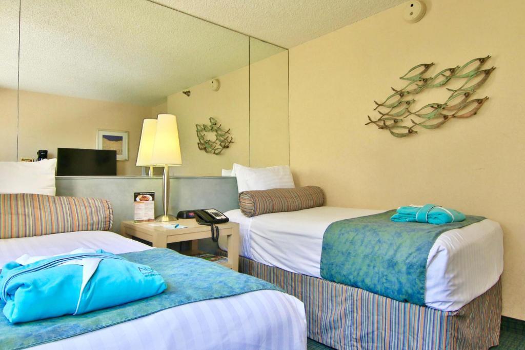 aqua aloha surf hotel reviews