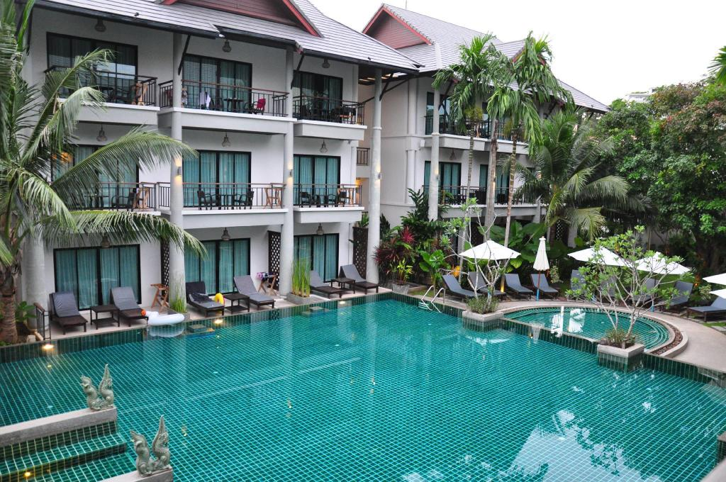 Swimming pool [outdoor] Navatara Phuket Resort