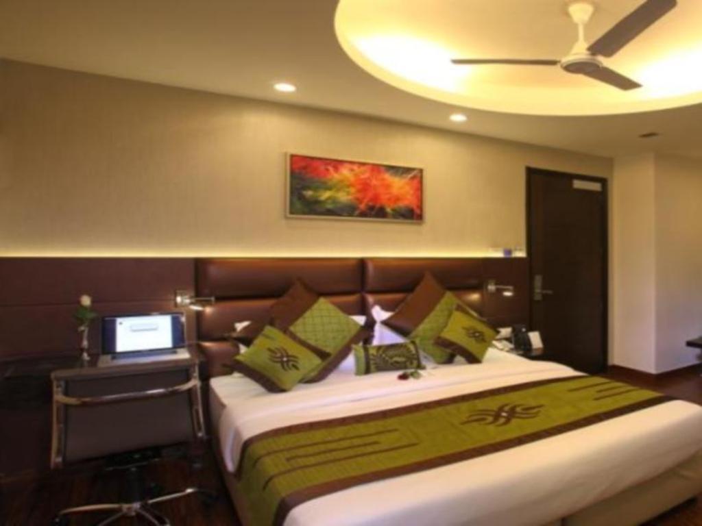 Hotel Pulse Impulse Hotels Near Lajpat Nagar Central Market New Delhi And Ncr Best