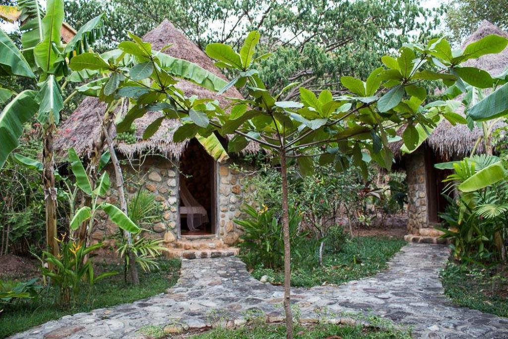 Round Bungalow Bacoma Guesthouse