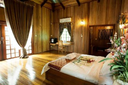 Deluxe Room for Single Use - Bed Sipadan Mangrove Resort