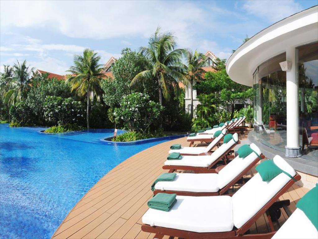 Swimmingpool Furama Villas Danang