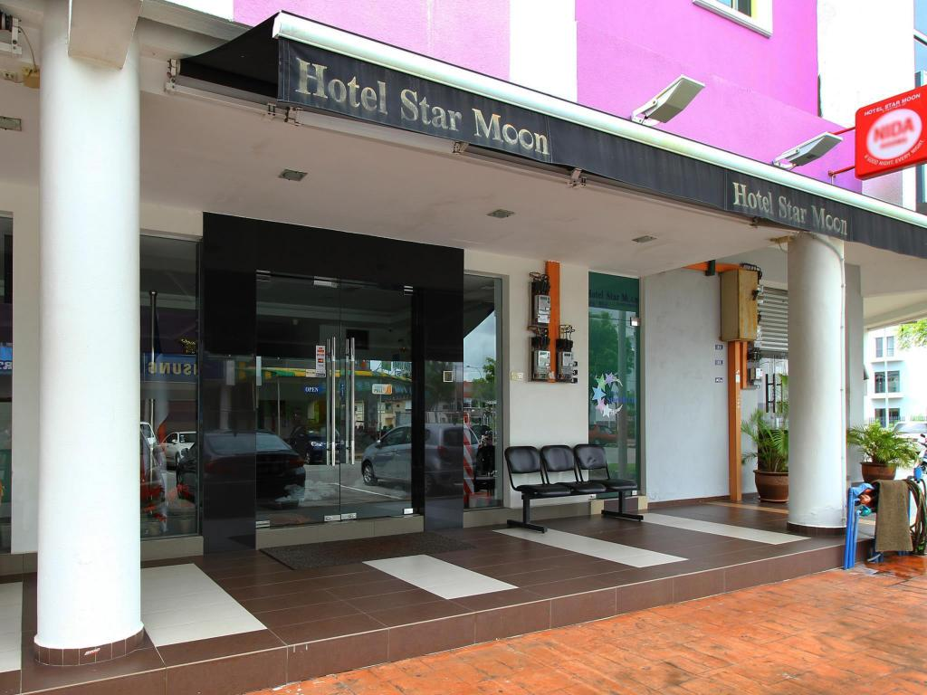 More about Hotel Star Moon