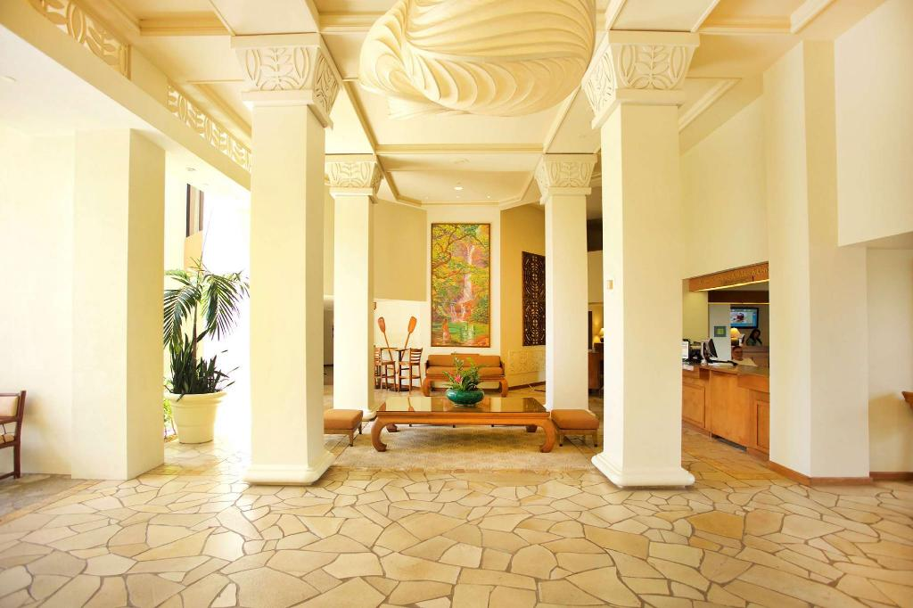 Lobby Aston Kaanapali Shores Resorts