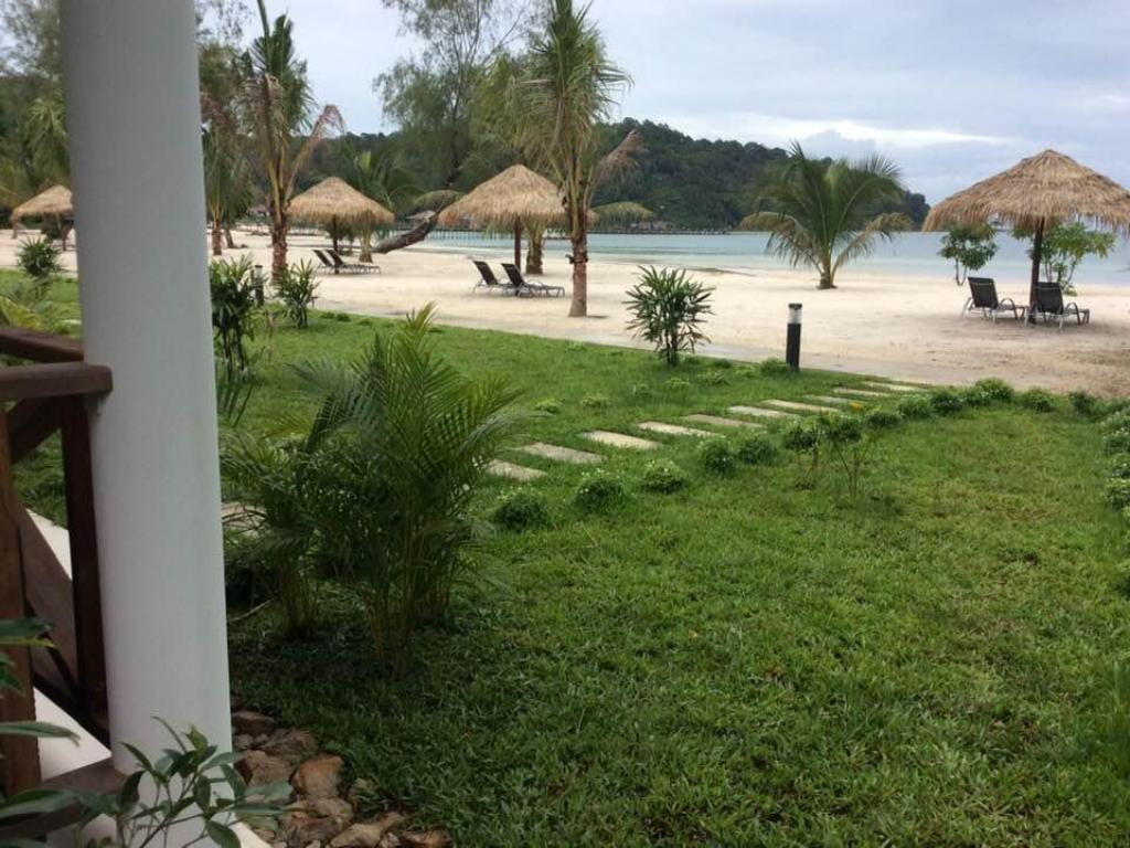Saracen Bay Resort
