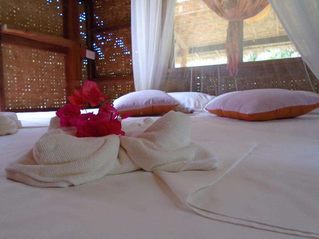 Orange Bungalow - Bed Nypa Style Resort Camiguin