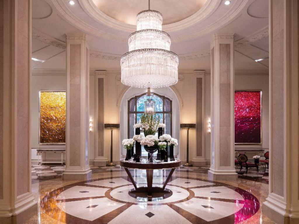 Hành lang Beverly Wilshire, A Four Seasons Hotel